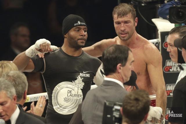 Lucian Bute (à droite) a perdu de façon... (Photo David Boily, La Presse)