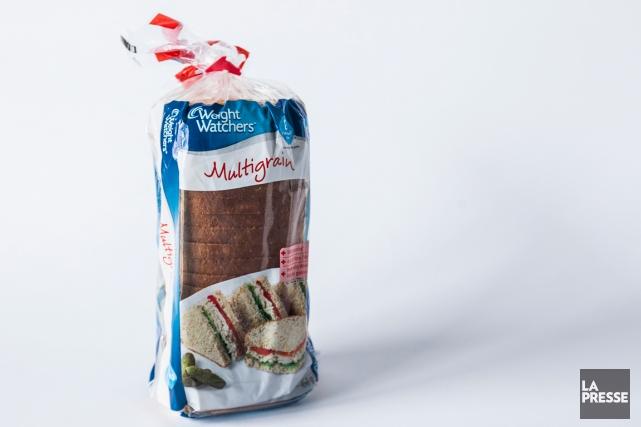 À l'épicerie, vous tombez sur un étalage de pains Weight Watchers. Bagels,... (PHOTO OLIVIER PONTBRIAND, LA PRESSE)