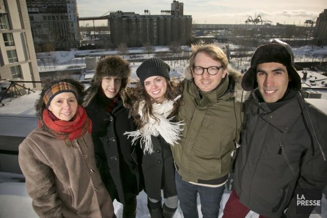 Sur le toit, blanc pour l'heure, de la... (Photo: David Boily, La Presse)