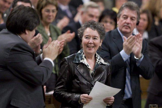 Francine Lalonde a reçu une ovation debout à... (PHOTO ARCHIVES LA PRESSE CANADIENNE)