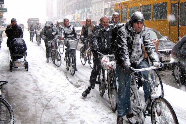 Même en hiver, les Danois sont nombreux à... (PHOTO Gehl Architects - Cities for People)