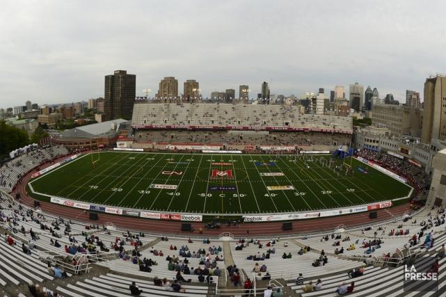 La LNH exige un stade d'au moins 40... (Photo Bernard Brault, La Presse)