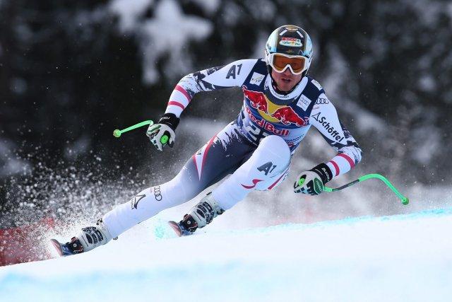L'Autrichien Hannes Reichelt a remporté la descente de... (Photo Alessandro Trovati, AP)