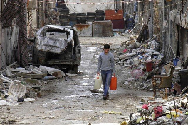 Le siège des quartiers rebelles de la ville... (Photo REUTERS)