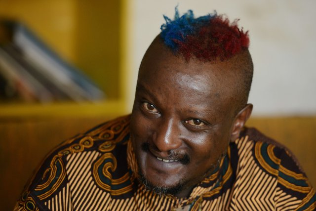 L'écrivain kényan Binyavanga Wainaina.... (PHOTO SIMON MAINA, AFP)
