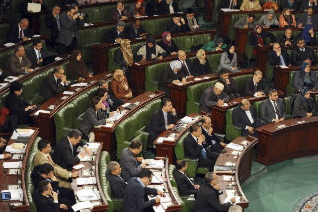 Le premier ministre Mehdi Jomaâa présenté son nouveau... (Photo FETHI BELAID, AFP)