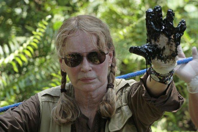 Mia Farrow a montré mardi aux médias une... (Photo: AFP)