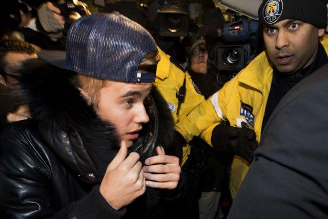 Justin Bieber a été assailli mercredi soir par... (Photo: PC)