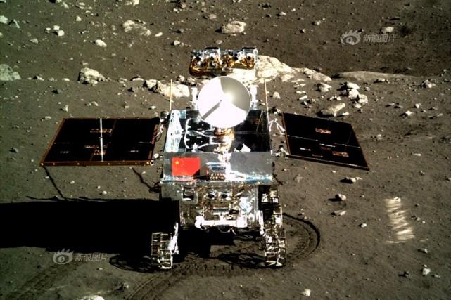 Le robot chinois Yutu... (Photo tirée du site web de l'Académie chinoise des sciences)
