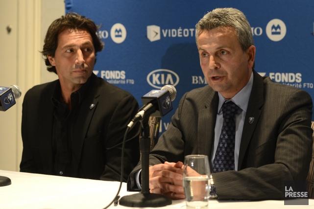 Le directeur sportif Nick De Santis et le... (Photo archives La Presse)