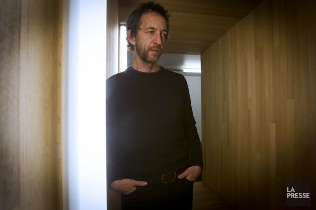 Arthur H fait le pari risqué d'inviter le... (Photo: Olivier Jean, La Presse)