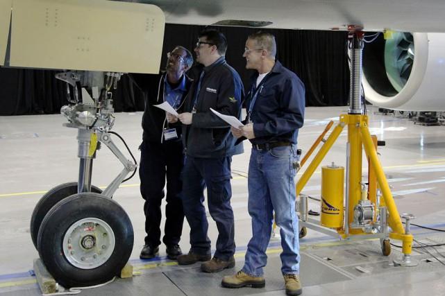 Malgré les quelque 1700 licenciements annoncés par Bombardier... (PHOTO ARCHIVES BLOOMBERG)