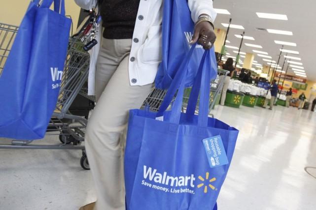 Wal-Mart explique que les performances de ses magasins... (Photo Reuters)