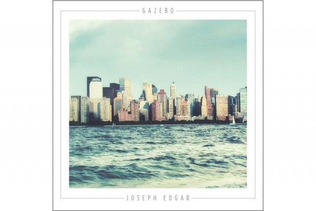 Le chanteur folk acadien Joseph Edgar plante le décor de son cinquième album,...