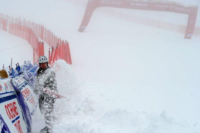 Le second entraînement prévu vendredi a été annulé... (Photo Marco Trovati, AP)