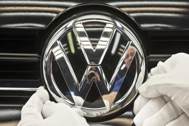 Le constructeur automobile allemand Volkswagen (VLKAY), numéro... (Photo archives AP)