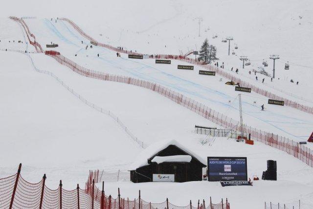 La descente de St-Moritz devait être le dernier... (PHOTO MICHAEL BUHOLZER, AFP)