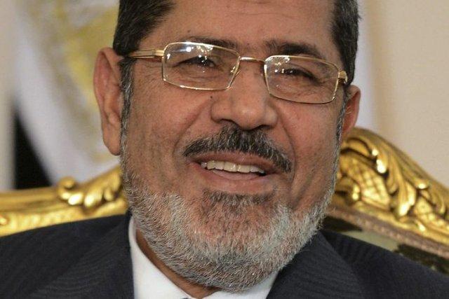 Affirmant qu'il était encore le président de l'Égypte,Mohamed... (PHOTO KHALED DESOUKI, ARCHIVES AFP)
