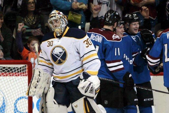 Le gardien des Sabres Ryan Miller (30) a... (PHOTO DAVID ZALUBOWSKI, AP)