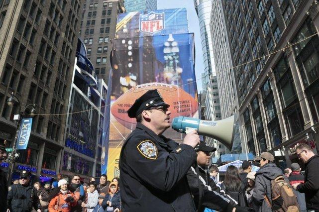 Avec New York en toile de fond, le... (Photo Bebeto Matthews, AP)