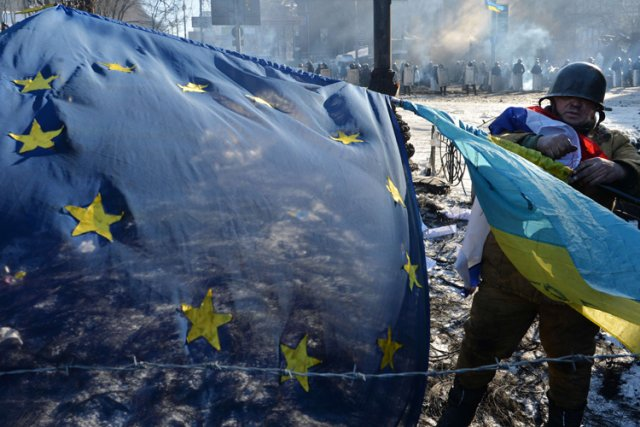 Les manifestations pro-européennes se sont transformées en un... (Photo: AFP)