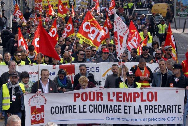 La France prend du retard sur ses voisins... (PHOTO JEAN-PAUL PELISSIER, ARCHIVES REUTERS)