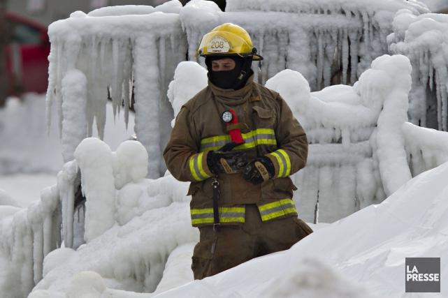 «Ce n'est pas moi qui va dire que nos pompiers ne sont pas corrects et... (PHOTO ARCHIVES LA PRESSE)