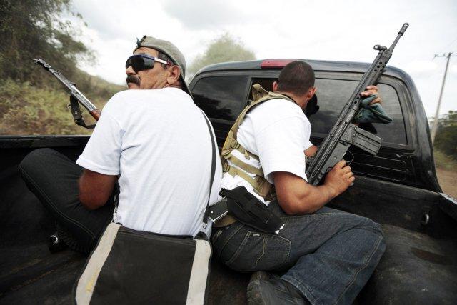 Les milices d'autodéfense du Michoacáncomptent aujourd'hui quelque 20000... (PHOTO JORGE DAN LOPEZ, ARCHIVES REUTERS)