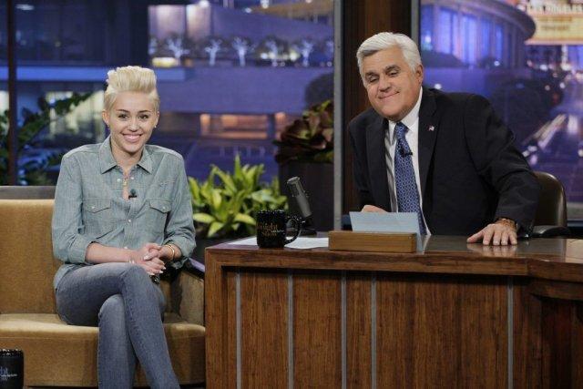 Jay Leno recevait Miley Cyrus en janvier dernier.... (Photo: AP)