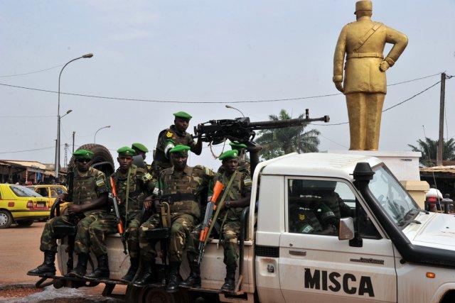 Des soldats rwandais de la mission de maintien... (Photo Issouf Sanogo, AFP)