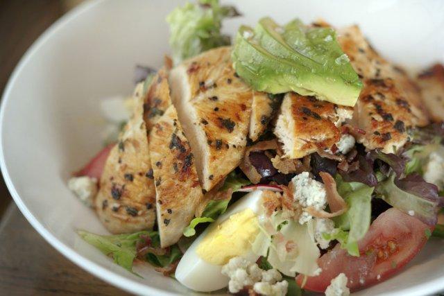 La célèbre Cobb Salad, très populaire en Californie,... (Photo Digital/Thinkstock)