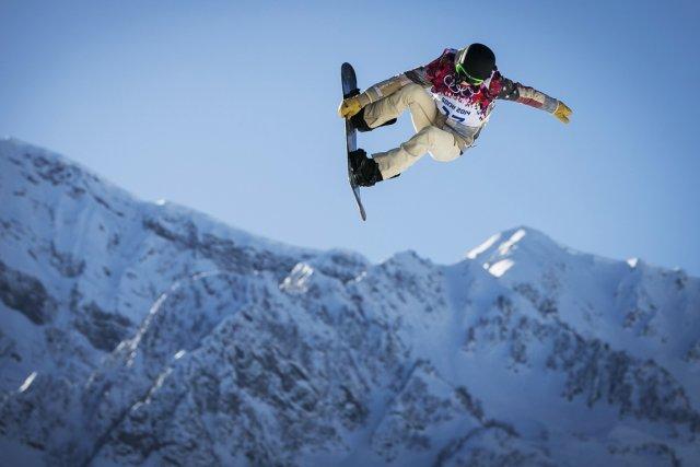 Le planchiste américain Shaun White à l'entraînement en... (Photo Lucas Jackson, Reuters)