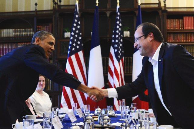 François Hollande et Barack Obama, fait-on valoir à... (Photo JEWEL SAMAD, Archives AFP)
