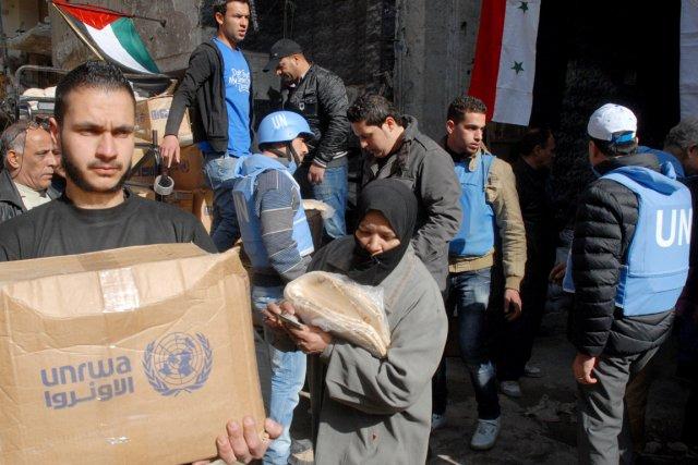 Le régime a autorisé l'acheminement de nourriture aux... (PHOTO ARCHIVES AFP/SANA)