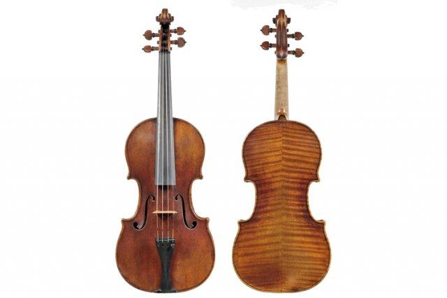 Le violon volé est connu comme étant le... (Photo: AP)