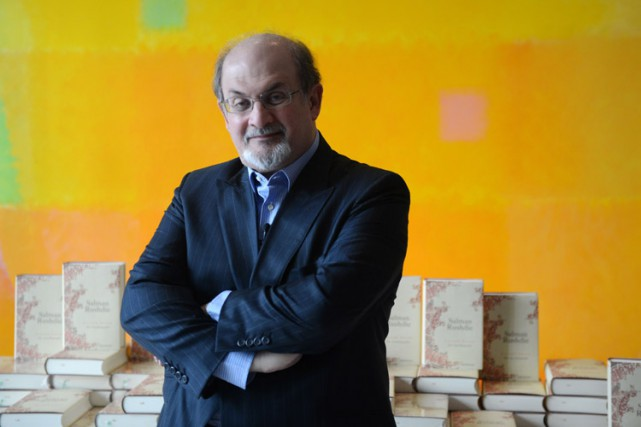 Salman Rushdie... (PHOTO ARCHIVES AFP)