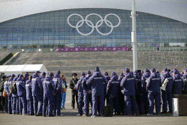 Ils seront 3000 athlètes à Sotchi... et près... (Photo Christophe Ena, AP)