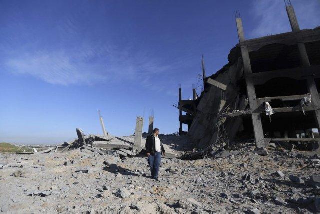 En janvier, 28 roquettes ont été tirées de... (Photo Hatem Moussa, Archives AP)