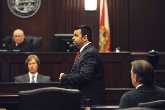 L'avocat de Michael Dunn, Cory Strolla (sur la... (Photo Bob Mack, REUTERS)