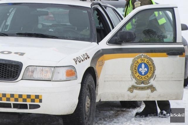 Un important déploiement policier était en cours, jeudi soir à Saint-Victor,... (Photothèque Le Soleil, Caroline Grégoire)