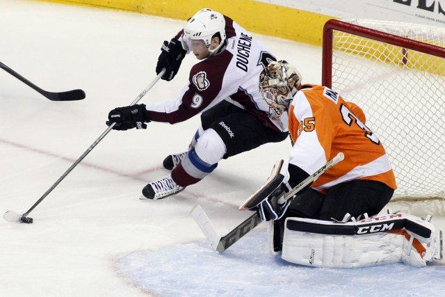 Le gardien des Flyers Steve Mason.... (Photo Tom Mihalek, Associated Press)