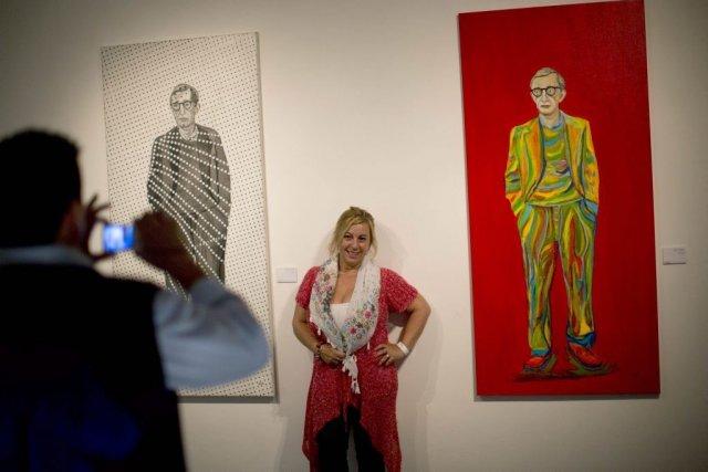 Pendant que le cinéaste Woody Allen se retrouve au coeur d'un scandale à New... (Photo: AP)