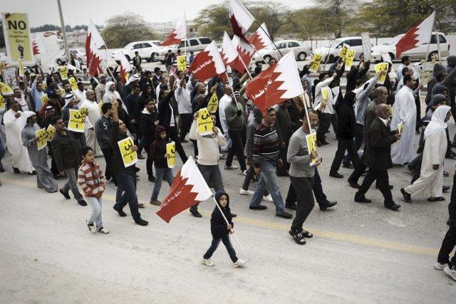 Des Bahreïnis manifestent dans levillage de A'ali, vendredi... (PHOTO MOHAMMED AL-SHAIKH, AFP)