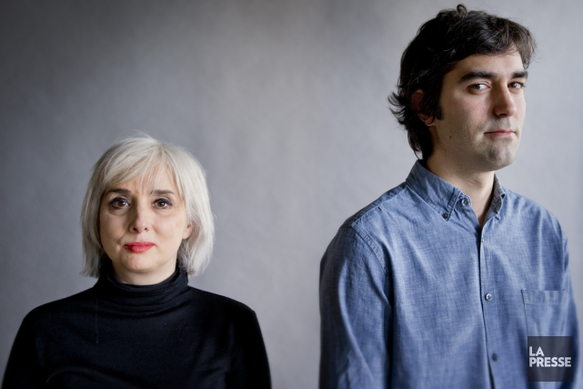 Catherine Mavrikakis et Nicolas Lévesque abordent avec deux... (Photo: Marco Campanozzi, La Presse)