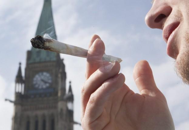 À partir du 1er avril prochain, les utilisateurs... (Photo Archives La Presse Canadienne)