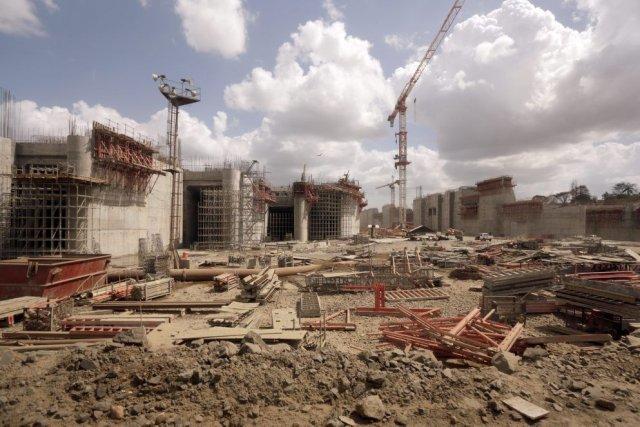 Ce projet pharaonique, l'un des plus gros chantiers... (Photo Arnulfo Franco, Associated Press)