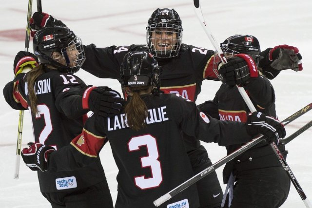 Le Canada a dominé au chapitre des tirs,... (Photo Nathan Denette, La Presse Canadienne)