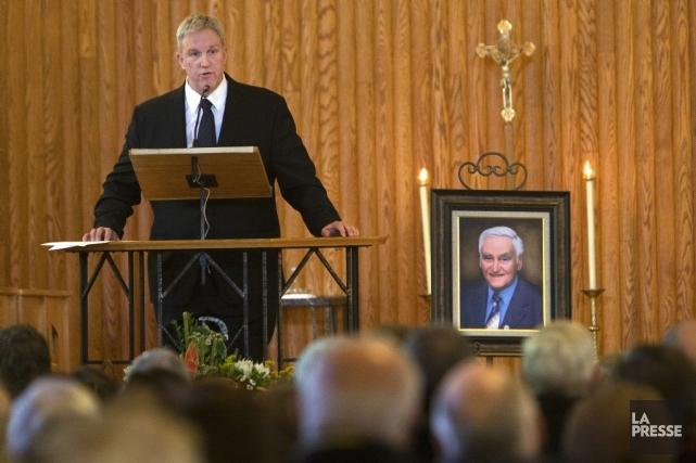 Guy Ryan a rendu hommage à son père... (PHOTO ROBERT SKINNER, LA PRESSE)
