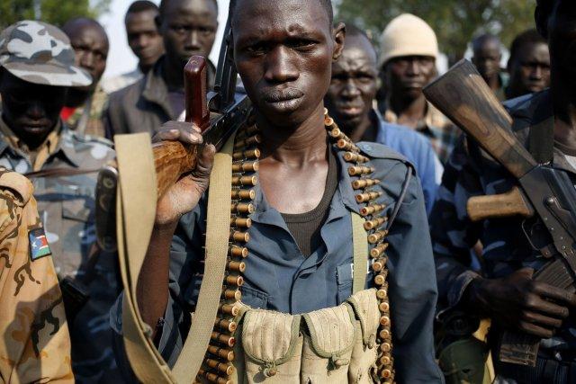 Des combattants rebelles campés dans l'État du Nil... (Photo Goran Tomasevic, Reuters)