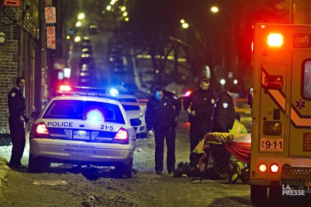 Le drame s'est joué à l'angle du boulevard... (Photo Félix O.J. Fournier, La Presse)